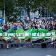 """Motto: Raus aus der Grube – Umstieg 21! Vielen Dank an Eberhard Linckh für die Aufzeichnung! Bilder der Demonstration von Felix Keuling Redner: Dr. Christoph Engelhardt """"Sondersitzung Ausschuss Stuttgart 21"""" […]"""