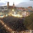 Stuttgart 22.10.2012, Die 145. Montagsdemo am 22. Oktober 2012 findet wieder ab 18 Uhr auf dem Stuttgarter Marktplatz statt. Ab 18:35 Demozug zur Mahnwache, siehe Karte unten. Schwabenstreich auf dem […]