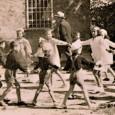 """via:www.die-anstifter.de """"Wir sind empört und schämen uns über den Umgang der Justiz mit den Kriegsverbrechen in Sant'Anna di Stazzema"""" Das Bürgerprojekt Die AnStifter und die Initiative 10. Mai wollen sich […]"""