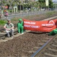 Anwohner kämpfen gegen den unerträglichen Bahnlärm Vor allem im Rheintal ist der Bahnlärm unerträglich, weil hier die Menschen das Gefühl haben, die Züge führen mitten durch ihre Wohnungen. Wenn der […]
