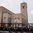 Foto: Alexander Schäfer Bei Kopfbahnhof 21 bleiben die 16 Gleise im Hauptbahnhof erhalten. Der Bahnhof kann so deutlich mehr Züge gleichzeitig aufnehmen als der Tunnelbahnhof mit seinen acht Gleisen. […]