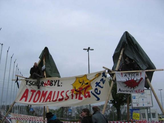 Bild AB-Castor-Widerstand-Neckerwestheim http://neckarwestheim.antiatom.net/