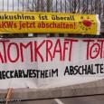 Seit dem Morgen des 29.04.2013 / 5:30 Uhr war die Zufahrt zum AKW Neckarwestheim durch Aktivisten blockiert. Mehrere 6 Meter hohe Tripod versperren den Zugang. Die Menschen protestierten damit gegen […]