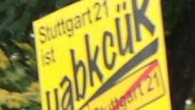 Die 235. Montagsdemoam 25.August 2014 findetab 18 Uhr im Kernerviertel in derSchützenstraßestatt. Gegen18:40 Uhr Demozugüber die Kernerstraße, Landhausstraße, Klaus-Gebhard-Platz, Schillerstraße zur kleinen Schalterhalle. Dort endet die Demo mit dem Schwabenstreich. […]