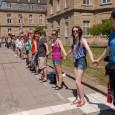 """Unter dem Motto: """"Krieg beginnt in Stuttgart: AFRICOM und EUCOM schließen!"""" fand am 06.06.2015 eine Friedensdemonstration in Form einer Menschekette in Stuttgart statt. Die Menschenkette für den Frieden ist die […]"""