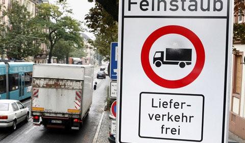 damit die EU beruhigtist Stuttgart hat ein Feinstaubproblem. Stuttgart hat seit Jahren ein Feinstaubproblem. Und Stuttgart schafft es nicht, dieses Feinstaubproblem zu beheben und gefährdet seit Jahren seine Bewohner. […]