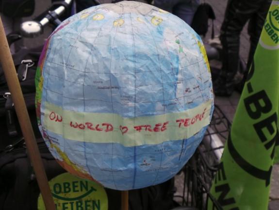 one world free people welt artikelbild 26092015