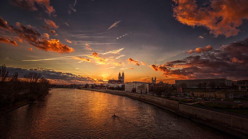 Magdeburg in Abendsonne
