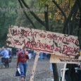 Video der 340. Montagsdemo (Danke an Eberhard Linckh) Bilder der Demonstration vonFelix Keuling (link) (CC BY-NC-SA 3.0) Redner: Blockadegruppe: Der 30.09. – Tag der Erinnerung! Dieter Reicherter, Staatsanwalt und Vorsitzender […]
