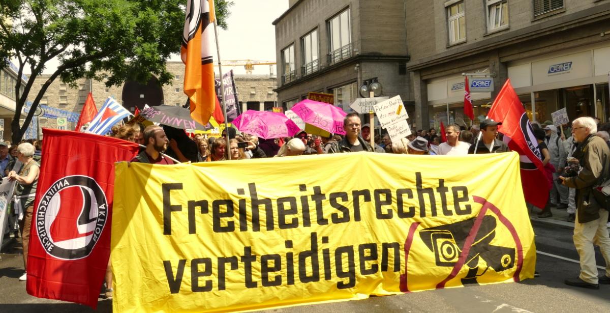 """""""Freiheitsrechte verteidigen!"""""""